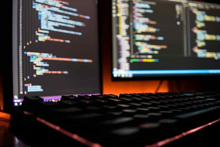 web サービス 起業 成功