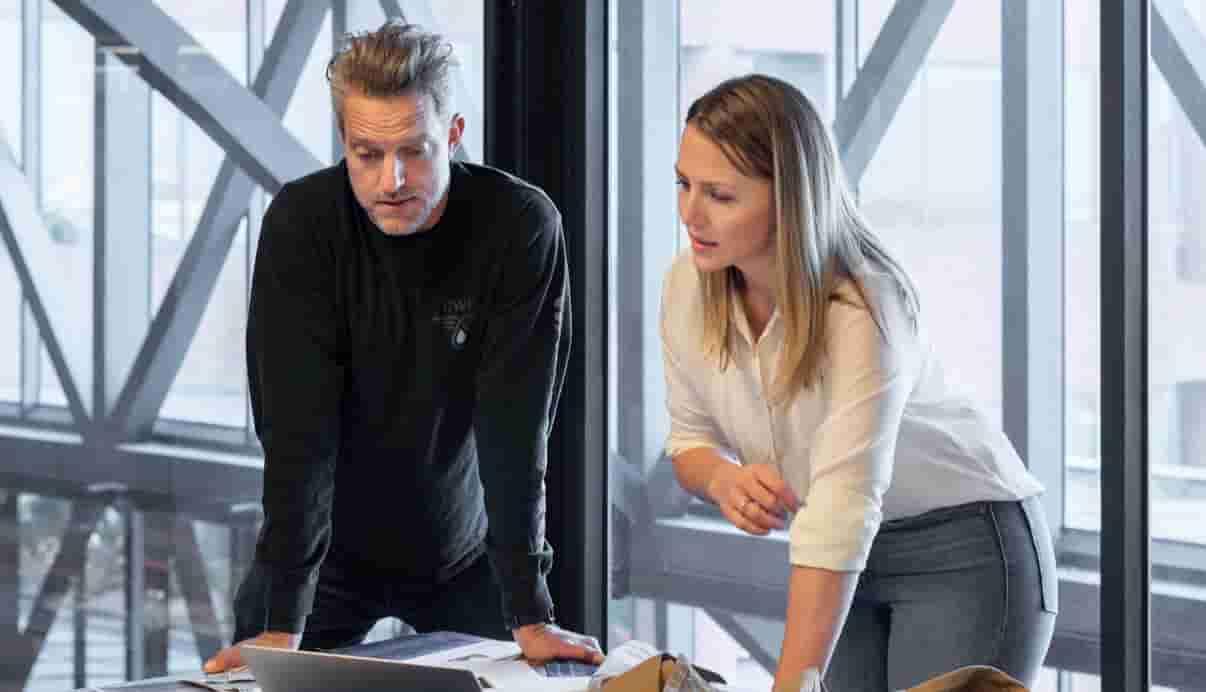 起業 アイデア セールス トレーナー