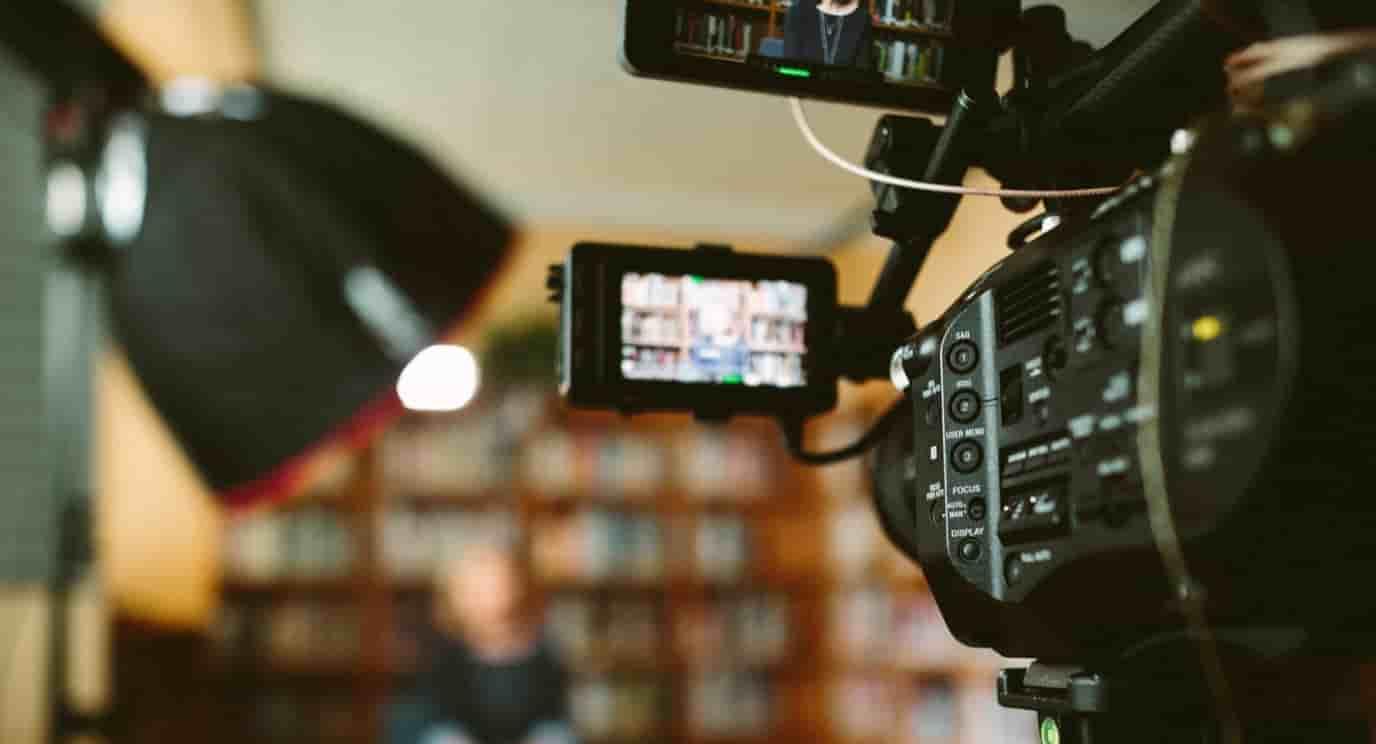 起業 アイデア 動画製作
