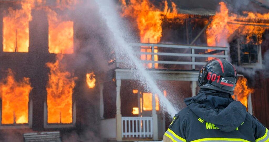 居酒屋 開業 消防署