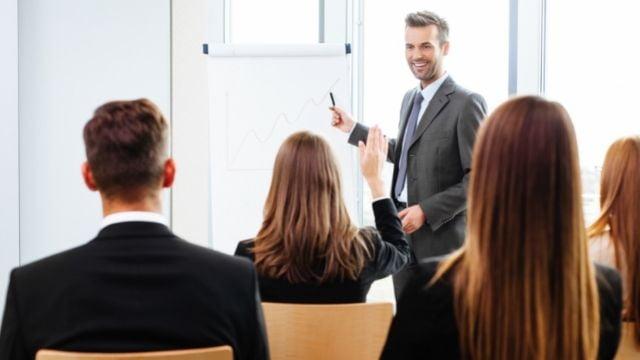 社会起業塾 社会を変える事業戦略を磨き上げる集合研修