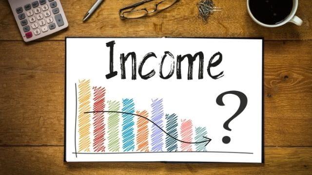 カフェ経営 収入と所得の違い