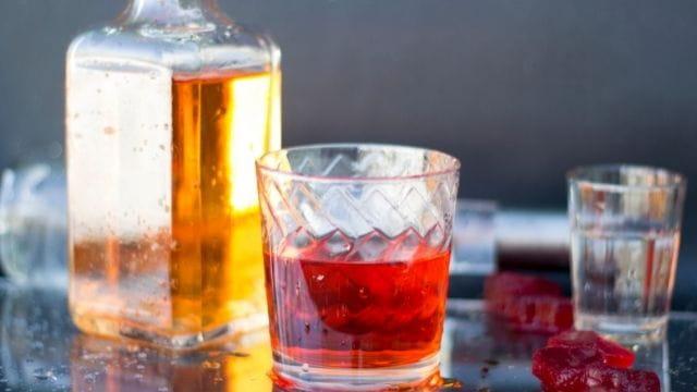 カフェ経営 深夜における酒類提供飲食営業開始届出書の提出
